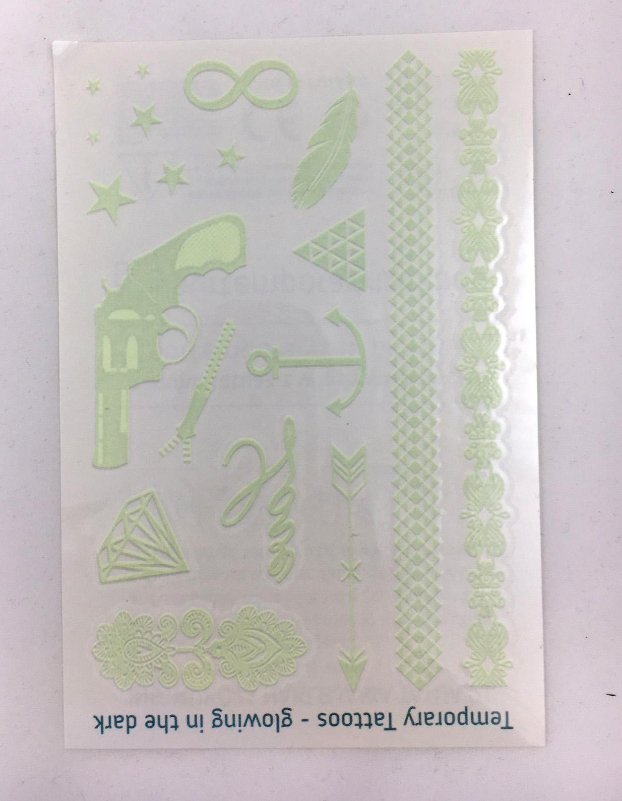 leucht tattoo postkarte
